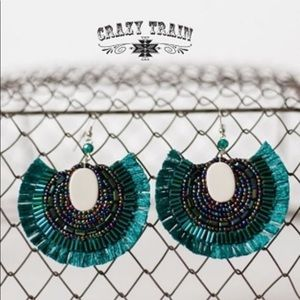 NWT! Teal Green Jeweled CRAZY TRAIN Earrings! 🌸